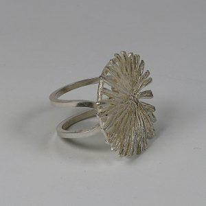 anillo Margallons.Gaudi. plata